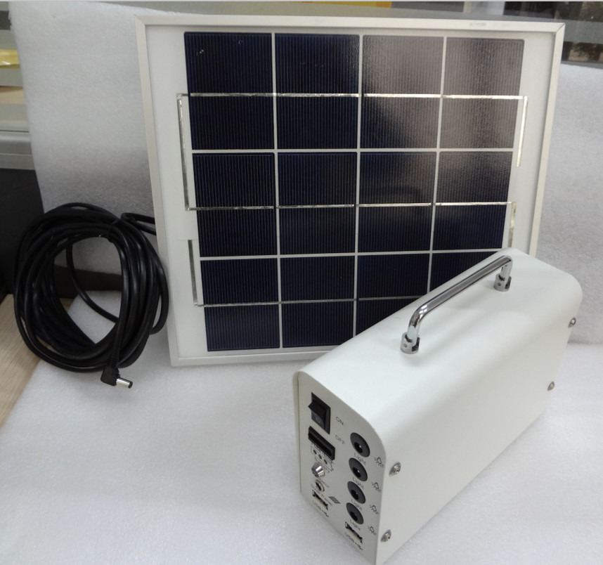 Light Weight Portable Solar Rechargeable Battery 12V 7AH For Home
